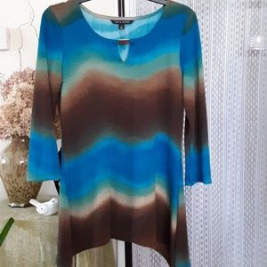 Ladies knit tunic size S